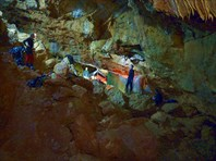 Кизил-Коба (Красные пещеры)