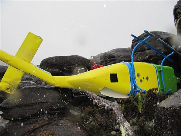 вертолет спасательный разбившийся